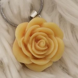 ( 3 for 45) Floral Snap + necklace